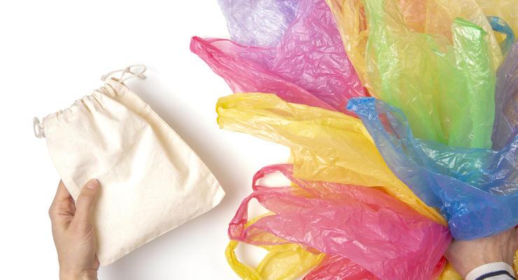 Когда в Украине запретят пластиковые пакеты