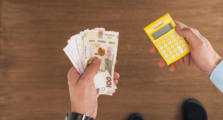 Каждая третья гривна в госбюджете взята в долг