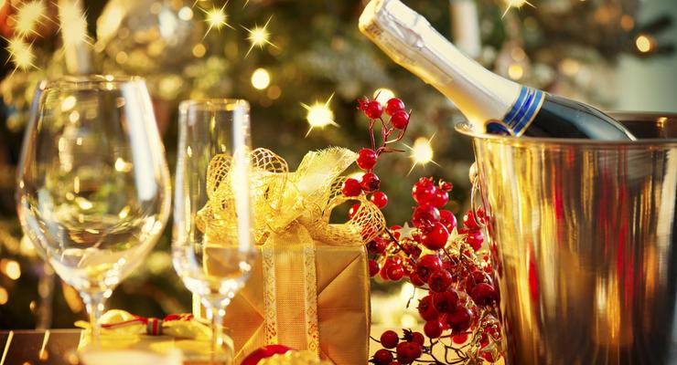 Эксперты назвали стоимость новогоднего стола