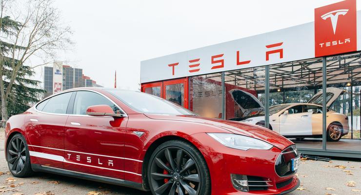 Акции Tesla рекордно подорожали