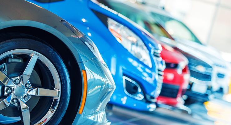 Украинцы стали чаще покупать новые автомобили