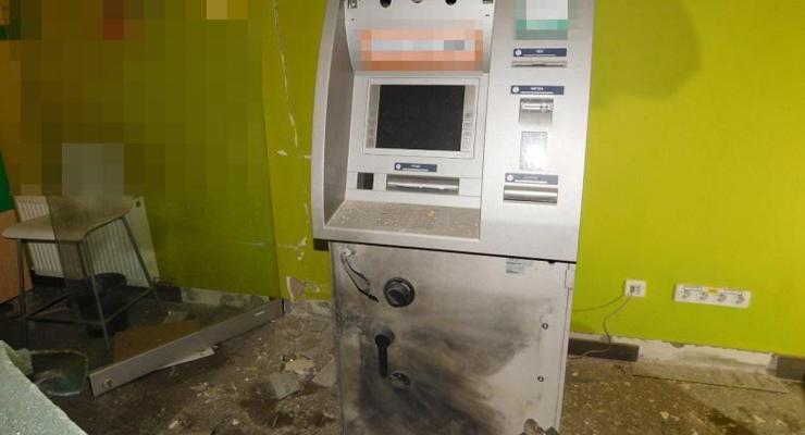 В Киеве дважды за неделю взрывали банкоматы