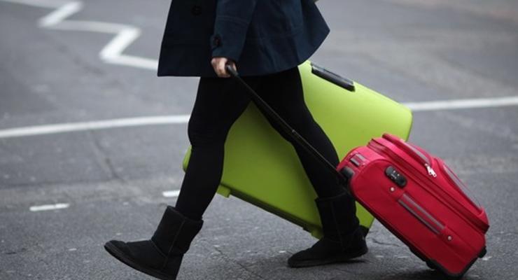 Укрзализныця вводит услугу доставки чемодана до вокзала