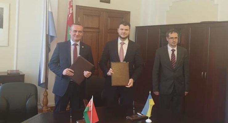 Украина и Беларусь подписали соглашение об автомобильных перевозках
