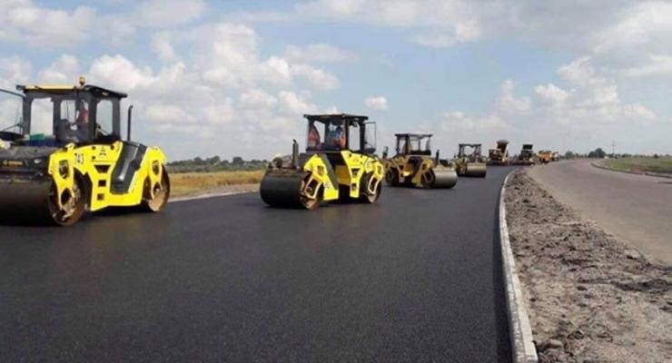 Часть денег Газпрома отправили на ремонт дорог