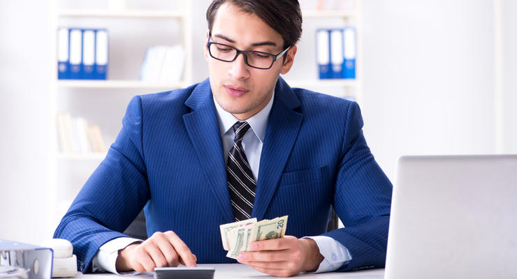 Почти четверть украинцев зарабатывают больше 15 тыс грн в месяц