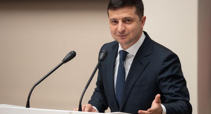 Зеленский подписал ряд законов о поддержке населения в условиях карантина