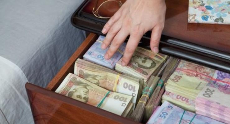 """В НАПК напомнили об ответственности за """"ошибки"""" в декларации"""