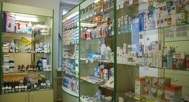 "АМКУ отштрафовал фармкомпанию за рекламу ""лекарства от COVID-19"""