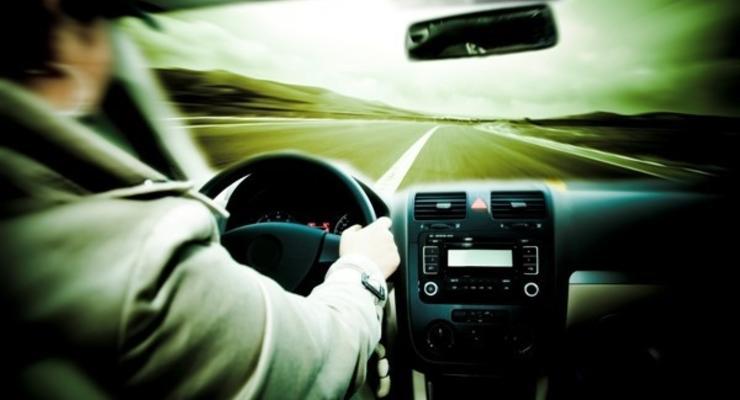 Превышение скорости: В МВД хотят увеличить штрафы в 6,5 раза