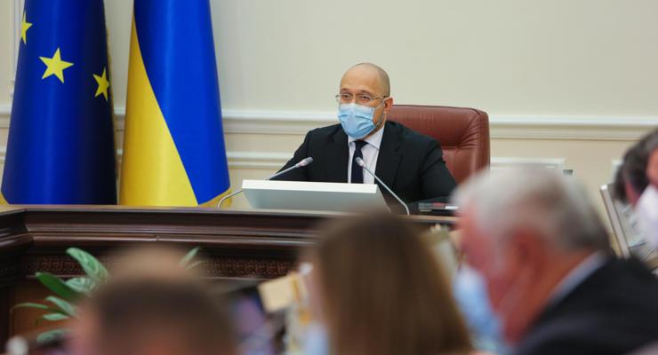 Социальный комитет ВР признал неудовлетворительной работу Кабмина