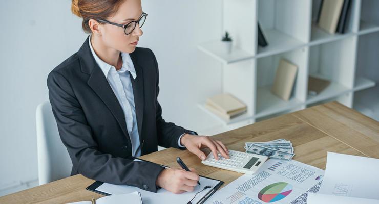 Женщин-финансистов в Украине больше, но платят им меньше - Исследование