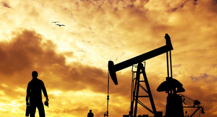 "Цены на нефть на 13.11.2020: ""черное золото"" дешевеет на 1,5-2%"