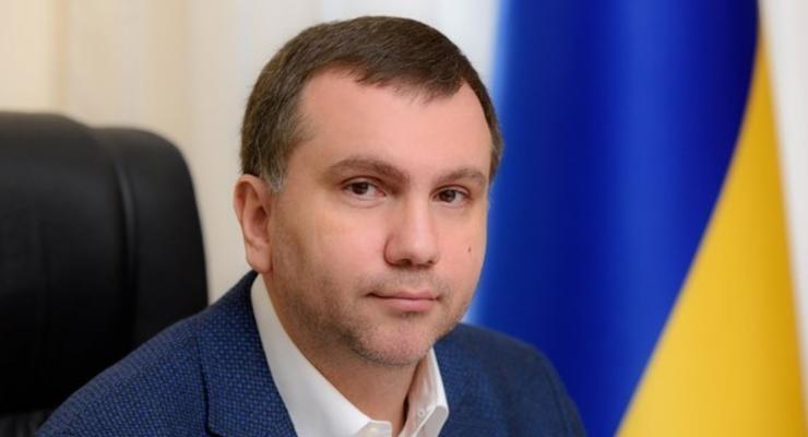 НАБУ показало видео вручения повестки в ВАКС судье Вовку