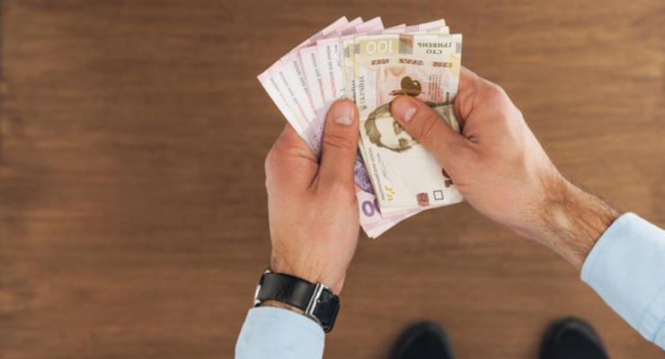 Задолженность по зарплате в Украине: названы регионы и отрасли-лидеры