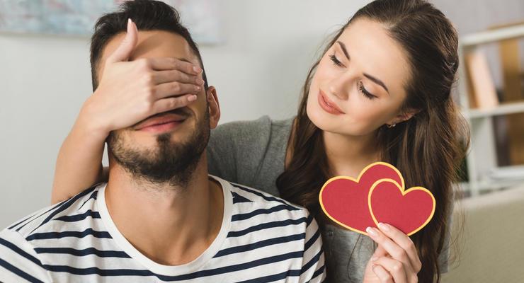 Что подарить парню на День Святого Валентина: Идеи до 1000 грн