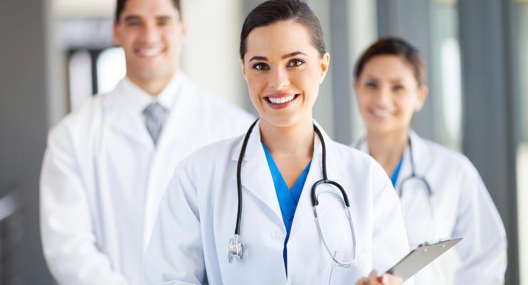 В Украине значительно возросли зарплаты медиков, - глава Нацслужбы здоровья