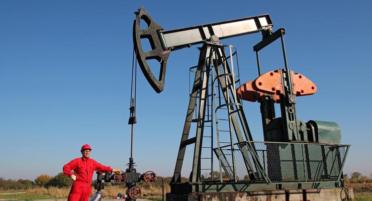 Цены на нефть 21.04.2021: Топливо падает в цене