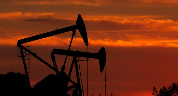 Цены на нефть 23.04.2021: Топливо подорожало