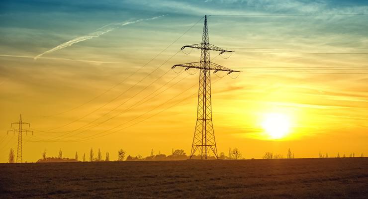 Электричество в Украине подорожает в разы, - эксперт