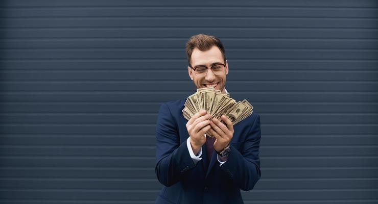 Работа в Украине: кто зарабатывает более $3 тысяч в месяц