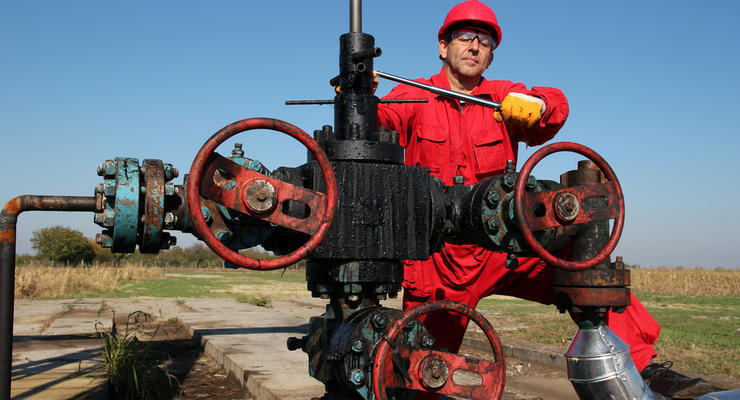 Цены на нефть снизились до нового минимума