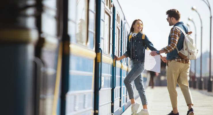 Купить билет на поезд  в Украине можно через Viber и Telegram