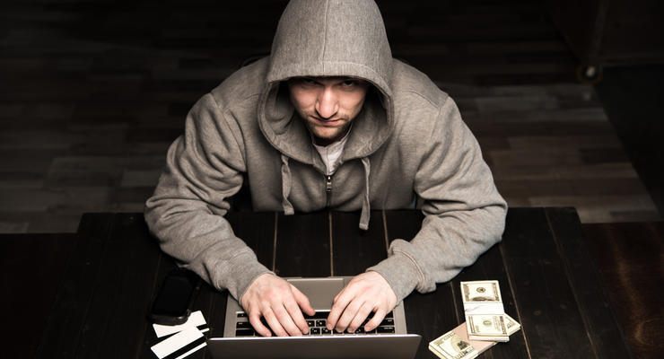 Украинский хакер украл у зарубежных компаний $150 миллионов: подробности