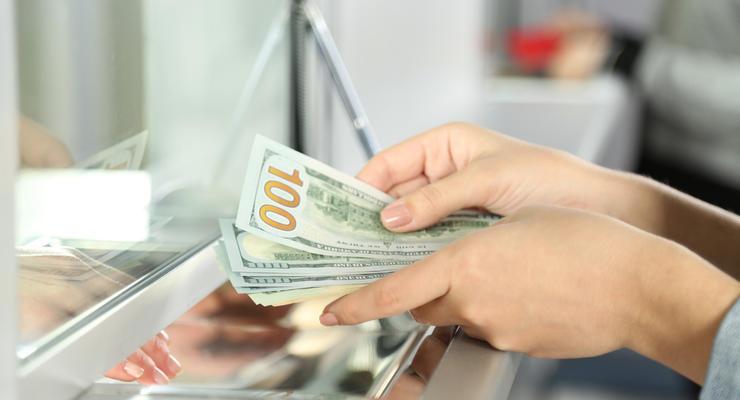 Курс валют на 12.10.2021: Доллар растет